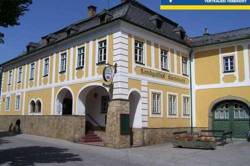 Landgasthof mitten im Ortszentrum bei Kirche!