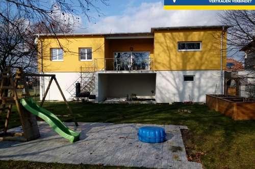 """Modernes Eigenheim mit großem Garten - und """"fast"""" Energieneutral!"""