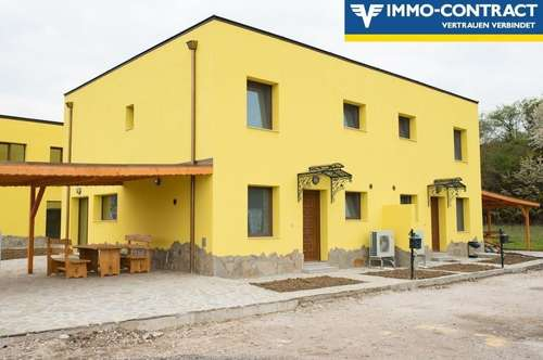 Doppelhaushälfte mit Carport und Eigengarten Top 1 in Petzenkirchen