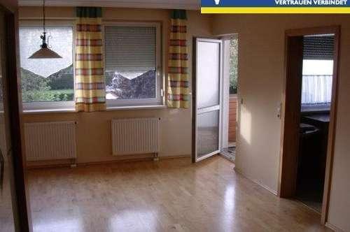 Sehr gepflegte, hochwertige Wohnung in zentraler Lage! Neuer Preis!