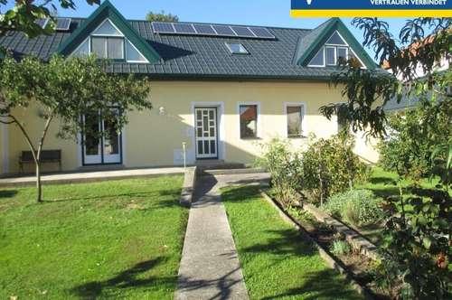 Doppelhaushälfte - Wohnen im Grünen
