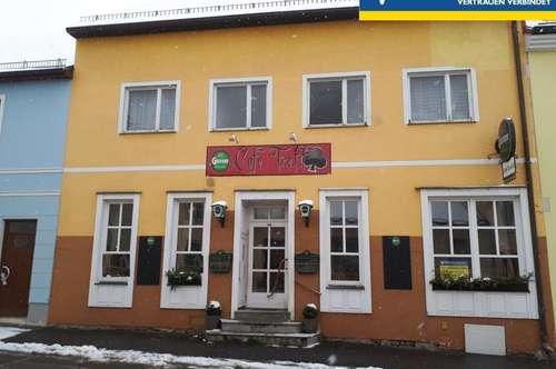 ehemaliges Cafe inkl. Wohnung und Nebengebäude