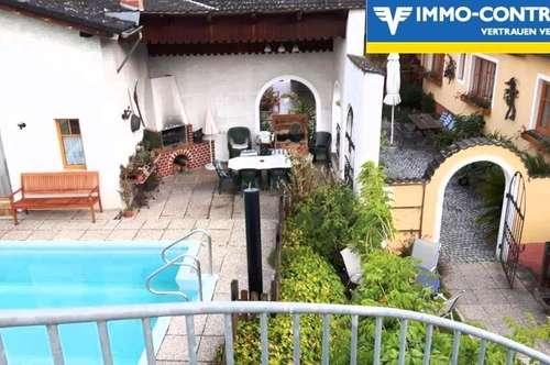 Sehr schönes Anwesen mit 3 Wohnungen- Nähe Langenlois!