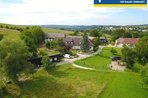 Stadtnaher, landwirtschaftlich nutzbarer Landsitz mit Pferdehaltung (Liegenschaftshälfte - parifiziert)