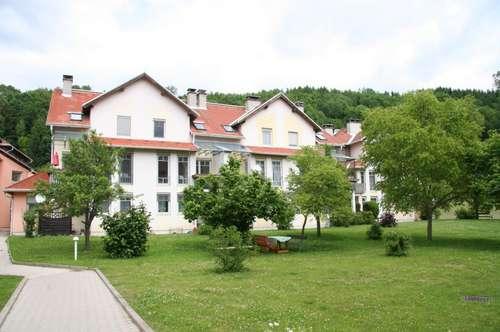 ZU VERGEBEN: 3-Zimmermietwohnung mit Balkon