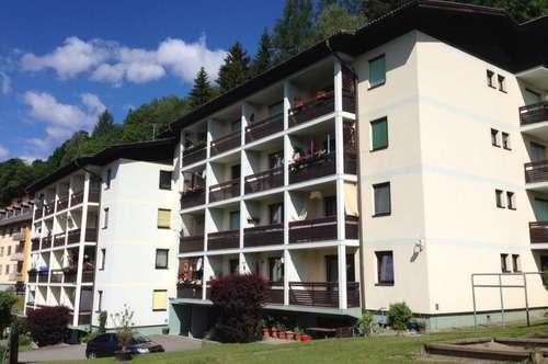 Großzügige 3-Zimmerwohnung mit Loggia in Steinfeld zu vermieten!