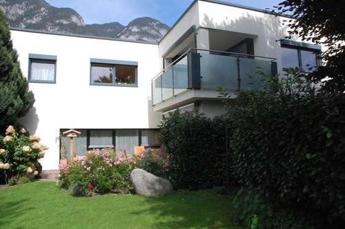 Elegantes Mehrfamilienhaus in bester Lage