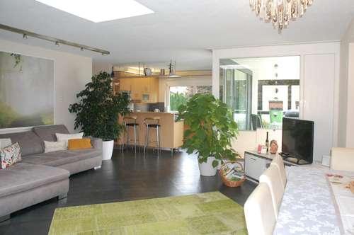 Schöne 4 Zimmer Wohnung in exclusivem Ambiente