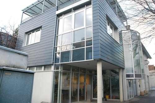Gut eingeteilte Büro Flächen zentral in Hall zum Mieten