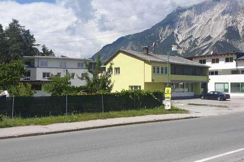 Mehrfamilien/Generationenhaus mit 3 Wohnungen und 100 m² Geschäftsfläche