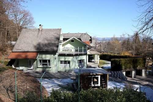 Interessantes Zweifamilienhaus mit vielen Optionen