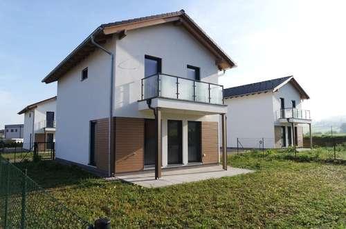ELK-Einfamilienhaus in schlüsselfertiger Ausführung in Aussichtslage