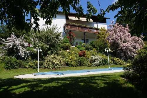Haus mit Traumgarten und wunderschönem Ausblick !