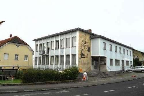 Wohn-, Geschäfts- oder Bürogebäude
