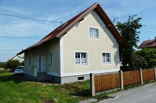 Nettes Wohnhaus mit Garten