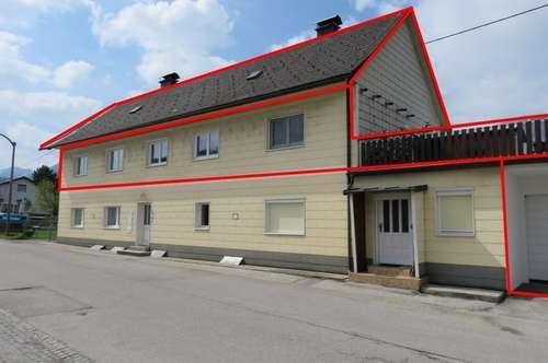 Haushälfte im OG mit 2 Wohnungen - Neuer Kaufpreis