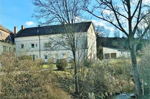 Wohnhaus in Zentrumsnähe mit 2400 m² Grund