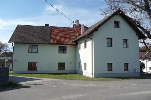 Wohn- und Ertragshaus in ruhiger Lage