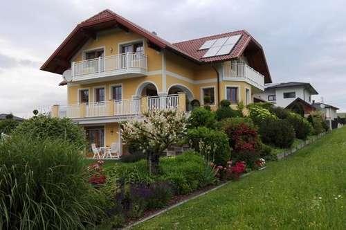 Wohnhaus mit viel Raumangebot - Nähe Ried im Innkreis