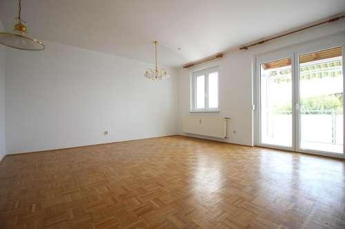 3-Zimmer Mietwohnung mit Balkon und PKW-Garagenstellplatz