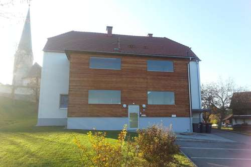 freundliche 2-Zimmer- Mietwohnung mit Loggia in Senftenbach