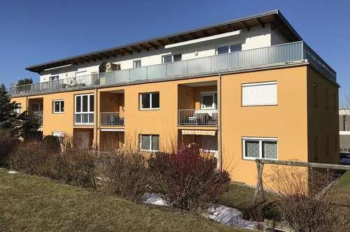 wunderschöne 2-Zimmer Mietwohnung mit Loggia und PKW-Stellplatz