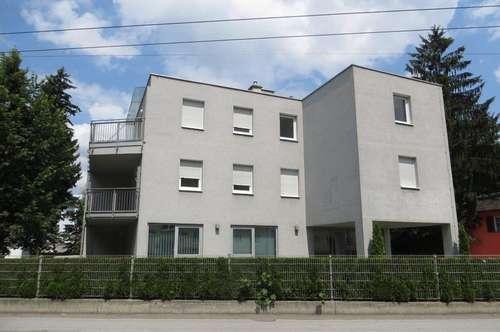 gemütliche 2-Zimmer Mietwohnung mit Terrasse und PKW-Stellplatz