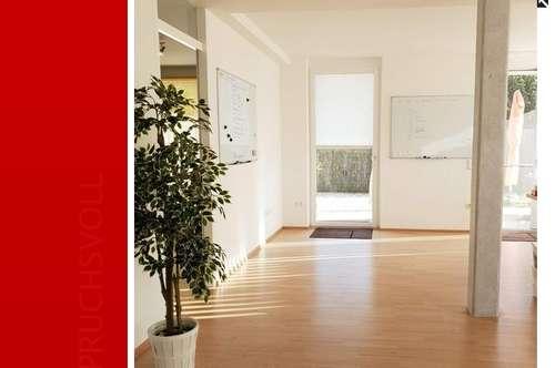 Lichtdurchflutete 2 Zimmer Wohnung mit großer Terrasse und Garten in Puch
