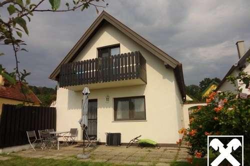 Unverbauter SEEBLICK, vordere Reihe, bezugsfertiges Haus mit 4 Zimmern !