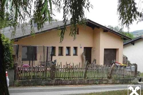 Nettes Familienhaus in schöner Lage oberhalb von Marbach an der Donau!