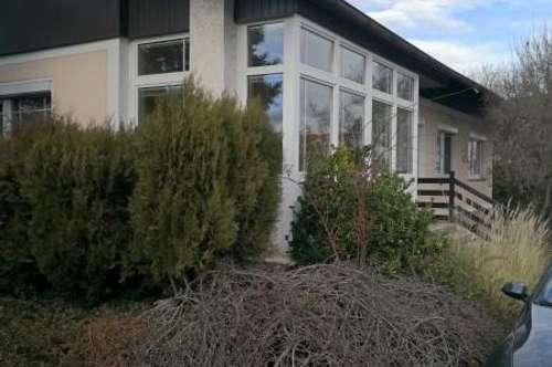 Bungalow in Neunkirchen mit Garten zu mieten!