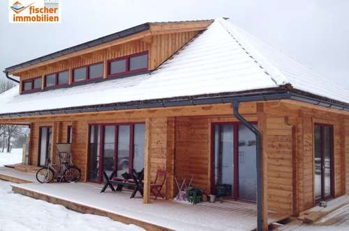 Wohnhaus in Topzustand mit Schneebergblick!