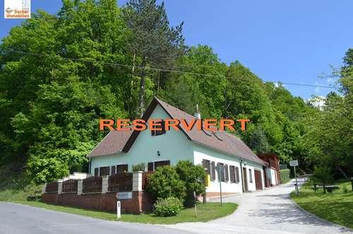 *** RESERVIERT *** gepflegtes Wohnhaus am Waldrand