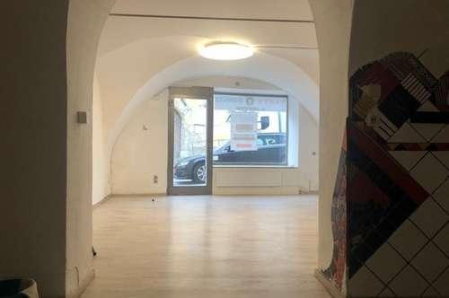 Eisenstadt - Zentrum gepflegtes 41m² großes Verkaufslokal in sehr guter Lage!