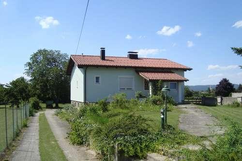Haus in Oslip auf großem Grundstück