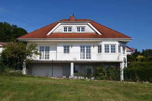 Bad Tatzmannsdorf, Einfamilienhaus in Aussichtslage!
