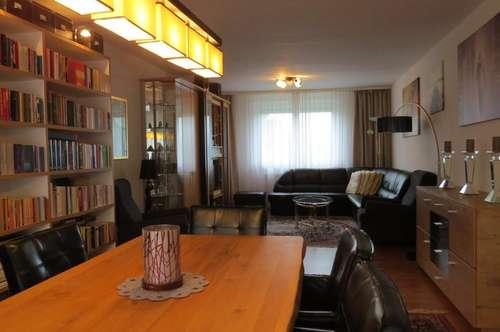 Wenige Autominuten von Wien-Stadtgrenze: Elegante, gemütliche 3-4 Zimmer-Wohnung mit Loggia