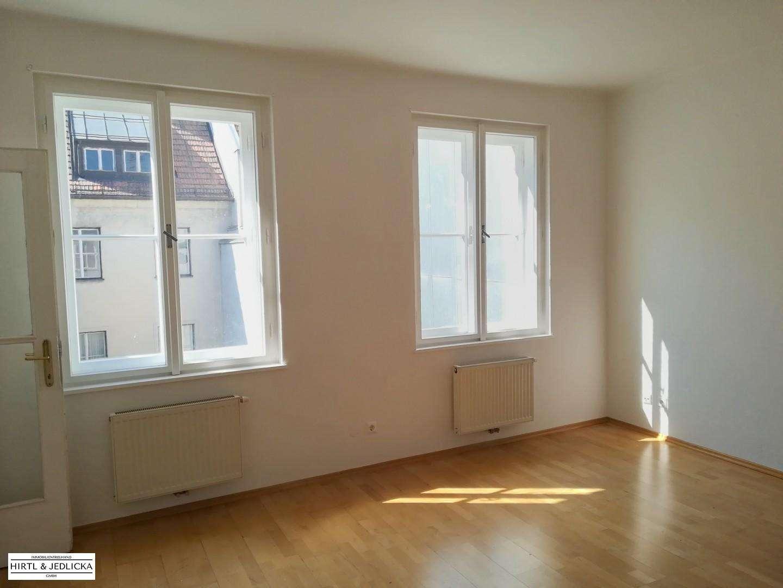 ***vermietet***2-Zimmer Wohnung am Hauptplatz in Wiener Neustadt