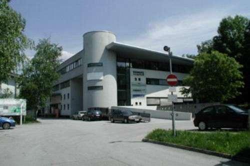 Belichtete Lagereinheit im 1.OG des Gewerbeparks Vogelweiderstraße - Schallmoos - zur Miete