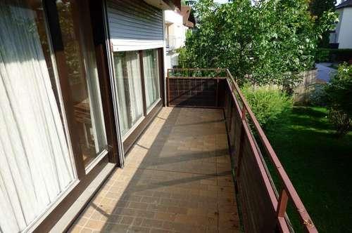 Großzügige 6-Zimmerwohnung mit 2 Balkonen und Einzelgarage in Aigen zu kaufen