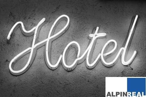 Hotel mit renovierten Zimmern in sehr guter Frequenzlage