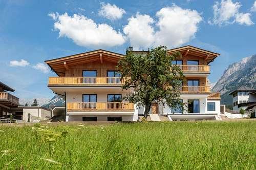 Trendige Neubau-Maisonette in sonniger Lage von Going