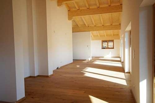 Traumhafte Dachgeschosswohnung ( 2018-02266 )