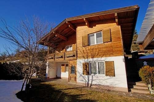 Zweifamilienhaus in sonniger Hanglage ( 2019-02588 )