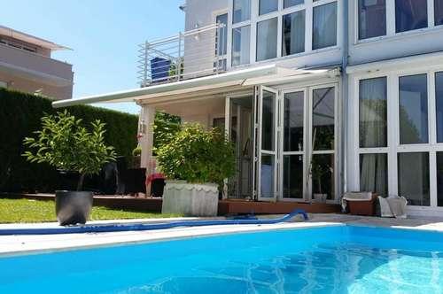 Großzügige Maisonette-Wohnung mit Pool in Aigen