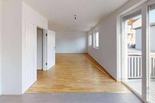 helle Neubauwohnung in kleinem Mehrfamilienhaus