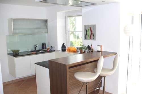 Kapitalanlage - Wohnjuwel in Maxglan! Moderne 2-Zi.-Wohnung mit Wintergarten in charmanter Villa