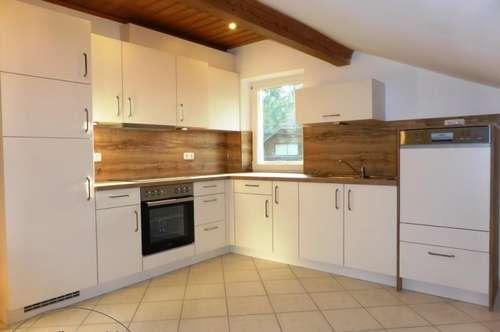 """MIETE GLANEGG: """"ERSTBEZUG"""" nach """"Generalsanierung"""": ca. 87 m² 3-4 Zi. DG-Wohnung mit Balkon"""