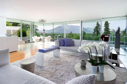 QUINTESSENZ IN HANGLAGE! Moderne Villa mit unverbaubarem Blick...