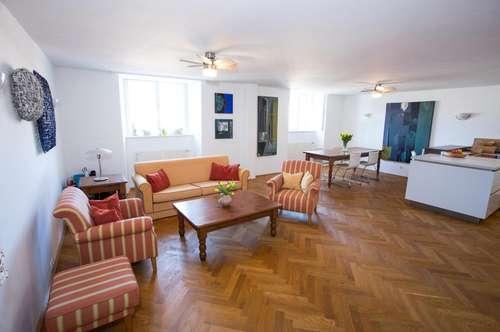 Komfort mit Zweitwohnsitz  und Badeplatzanteil!  Leben im Schloss -  Wohnen wie im Hotel mit eigenem Badeplatz...